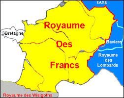 Charles Martel unifie par la force le royaume franc sous son autorité. Quels étaient à l'époque les 2 royaumes francs principaux qui rivalisaient pour le contrôle du pays ?