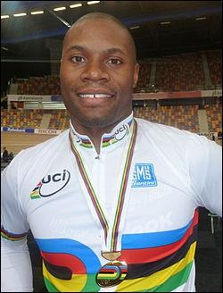 Champion du monde cycliste sur piste. Grégory...