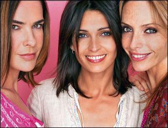 Dans quelle série retrouve-t-on Jessica, Laure et Caroline ?
