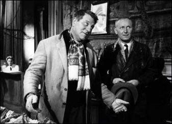 ''Monsieur Jambier, 45 rue Poliveau, pour moi ce sera 1 000 francs... Monsieur Jambier, 45 rue Poliveau maintenant c'est 2 000 francs... - C'est sérieux ? - Comment si c'est sérieux ! JAAAAAAAAAMMBIER ! ''