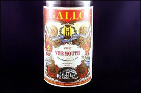 Tous les Vermouth dont l'Italie possède le quasi-monopole sont élaborés à partir de :