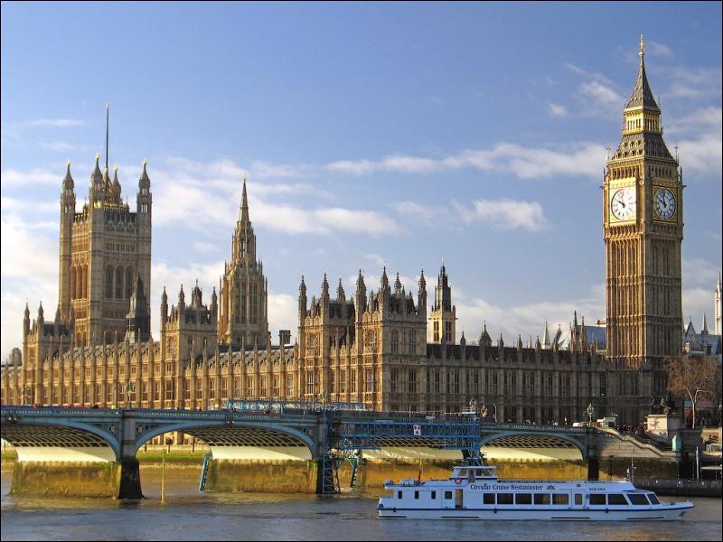 Big Ben est célèbre au Royaume-Uni et dans le monde entier mais savez-vous ce que c'est exactement ?