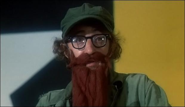 Qui se déguise en dictateur dans ce chef-d'oeuvre de 1971 ?