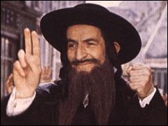 Qui est déguisé en rabbin dans ce film de 1973 ?