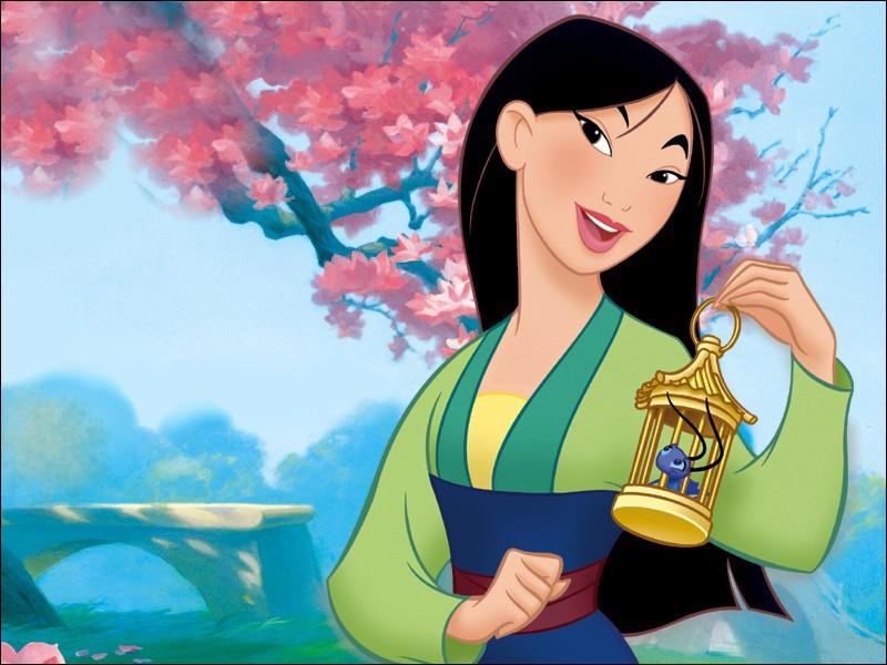 Dans Mulan, comment s'appelle la chanson chantée par Tchang pendant l'entraînement ?