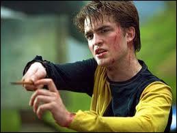 Cedric Diggory se fait tuer :