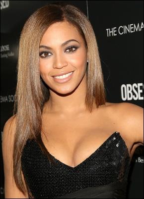 Avec qui sort Beyoncé (en 2012) ?
