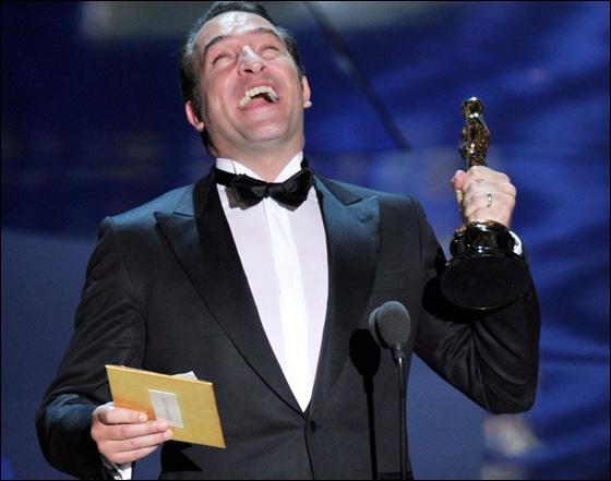 Avec qui sort Jean Dujardin (en 2012) ?