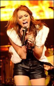 Combien d'albums Miley Cyrus a-t-elle sorti ?