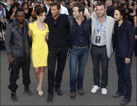 Quel chanteur, membre des Black Eyed Peas, a joué dans le film  X-Men : Origins  sorti en 2010 ?