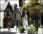 Où se situe la ville de Châteaubriant ( 44 ) ?