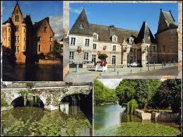 La ville de La Flèche ( 72 ) se situe en région ...