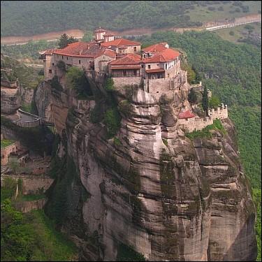 les-monasteres