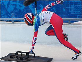 Avec quels autres sports coïncide le bobsleigh ? (2 réponses)