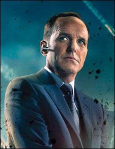 Comment s'appelle l'agent du S. H. I. E. L. D.  ?