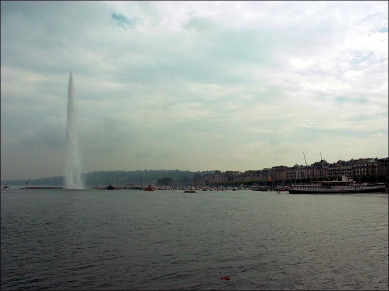 Quelle est cette ville ? Indice : Le jet d'eau