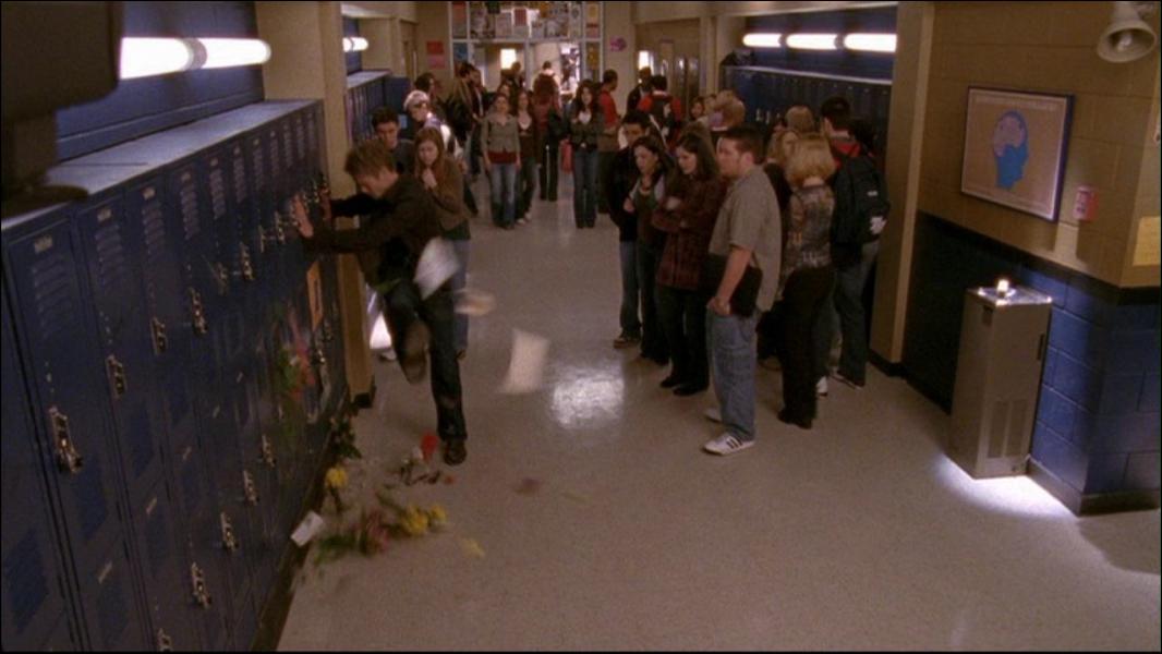 Rachel est-elle présente durant la scène de cette capture ? (avant, après le coup de pied de Lucas).