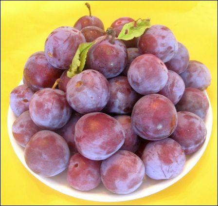 En argot québécois, le nom de ce fruit désigne une ecchymose. Que signifie-t-il en argot français ?