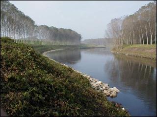 Quel fleuve italien, qui arrose Turin, se jette dans la mer Adriatique, après un parcours de 652 km ?