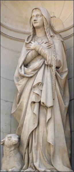Place Ste Geneviève, au VIème siècle fut décidé de construire une basilique dédiée aux Saints-Apôtres, Pierre et Paul. Quel roi souhaita cette construction ?