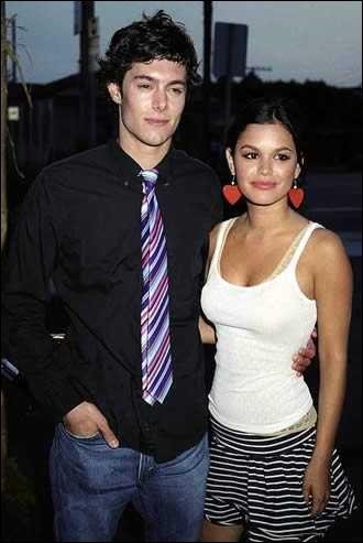 Dans quelle série se sont rencontrés Rachel Bilson et Adam Brody ?