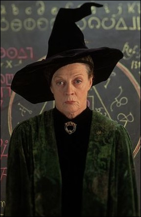 Qui joue le rôle de Minerva McGonagall ?