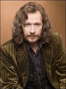 Qui joue le rôle de Sirius Black ?