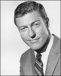 Acteur de comédie, il a eu son propre show télévisé entre 1961 et 1966. Qui est-ce ?