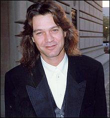 Guitariste d'origine néerlandaise, il a fondé avec son frère un groupe de rock très connu. Qui est-ce ?