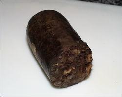 Cette charcuterie noire, si elle contient épices fortes et piment, prend le nom de ?