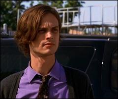 Spencer sait parfois être un charmeur sous ses airs timides. Comment s'appelait la femme avec qui il a eu une relation dans un épisode de la saison 1 ?