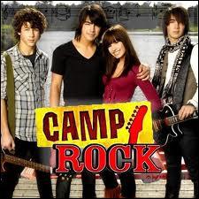 Dans  Camp Rock , quel est le mensonge de Mitchie ?