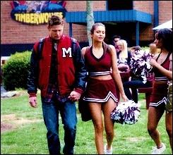 Pourquoi Matt et Elena se sont-ils disputés ? ( Dans le flash-back)