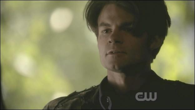 Elijah promet quelque chose à Stefan au moment où ils font le pacte. Que lui promet-il ?