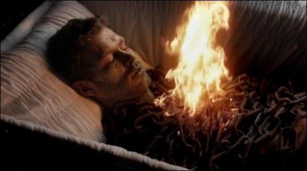 Qui brûle Klaus ?