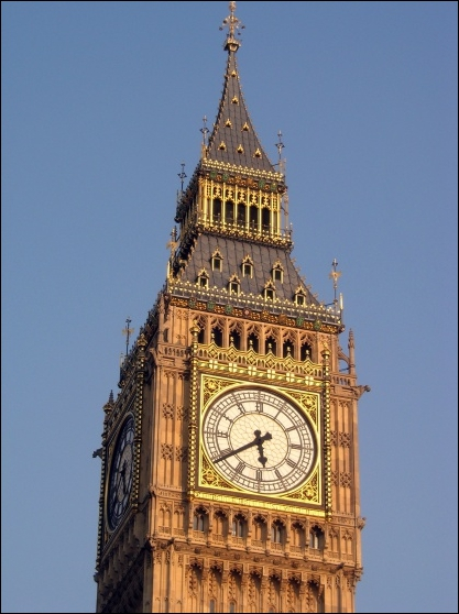Patrimoine mondial : Quel palais, surmonté par le  Big Ben , est à l'image de la puissance de l'Empire britannique ?