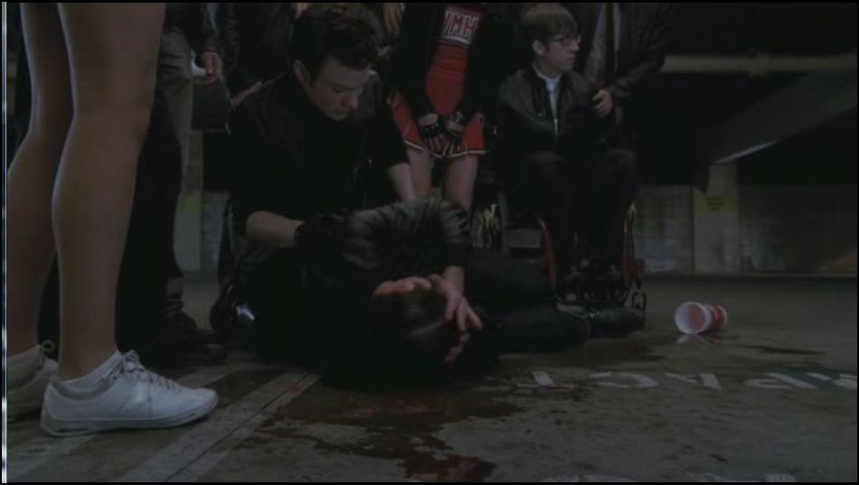 Saison 3 épisode 11 : Sébastian envoit un slushie sur Blaine. A qui était-il destiné ?
