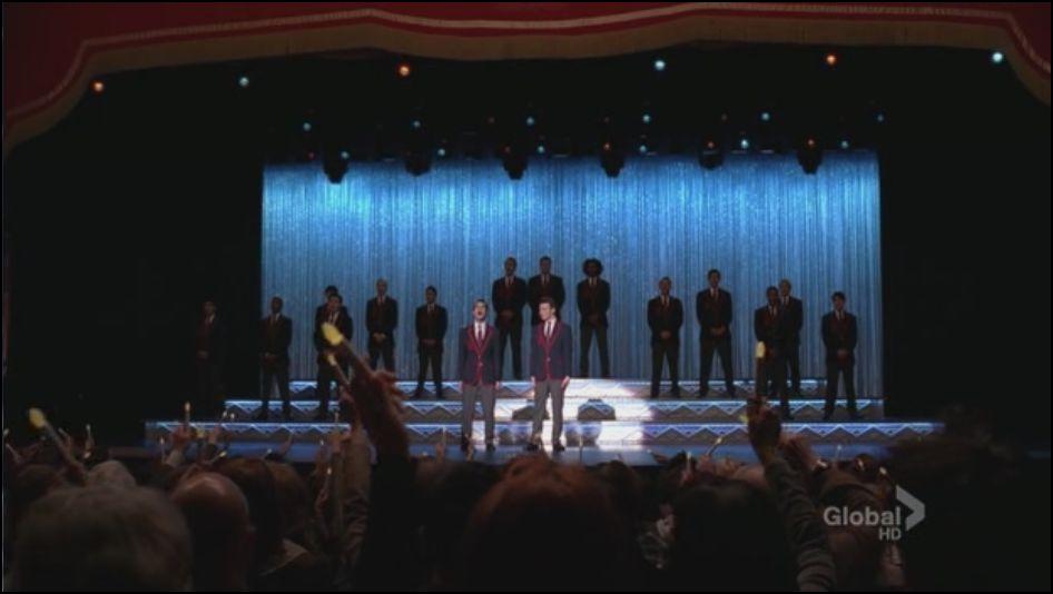 Saison 2 épisode 16 : lors des Régionales, quelle chanson est chantée par Kurt ET Blaine ?
