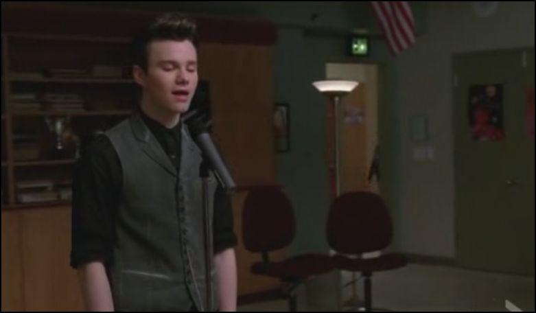 Saison 3 épisode 17 : que chante Kurt en réponse ?