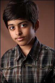 Qui est le personnage joué par Karan Brar ?