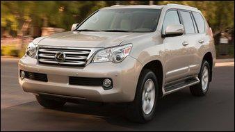 Division haut de gamme de Toyota, Lexus tente de vendre des 4x4. Comment s'appelle celui-ci.