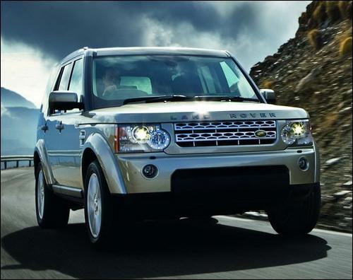Lui aussi emblématique, Land Rover bat pourtant son rival Jeep. Et quel est cette voiture ?