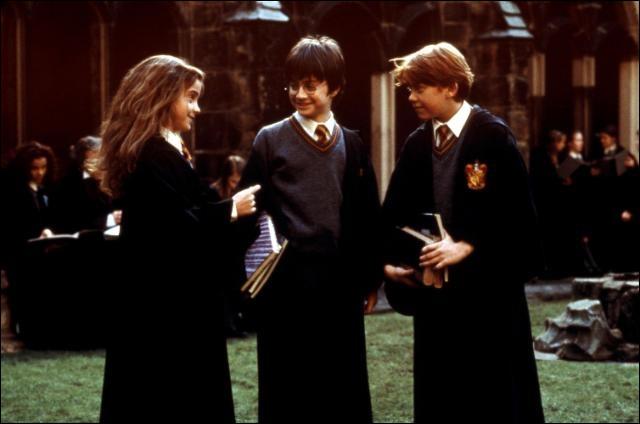 En combien de temps Hermione pense-t-elle pouvoir préparer le Polynectar ?
