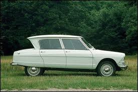 Terminons par un retour en arrière avec ce modèle de la marque française Citroën. Quel est son nom ?