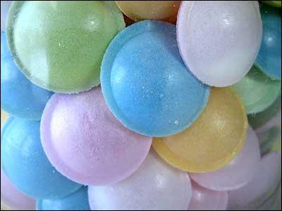 Miam, miam ça a l'air délicieux, comment s'appellent ces bonbons ?