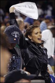 Quel sport Alyssa Milano aime-t-elle ?