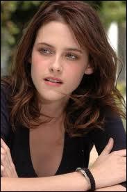 Quel est le nom complet de Kristen Stewart ?