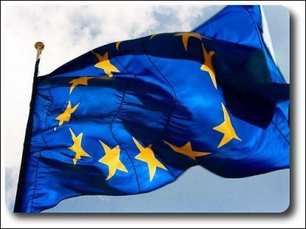 Combien de pays y a-t-il dans l'Union Européenne en 2008 ?