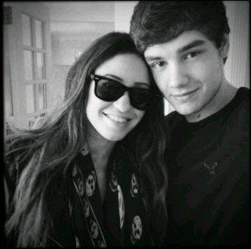 Avec qui Liam est en couple ?