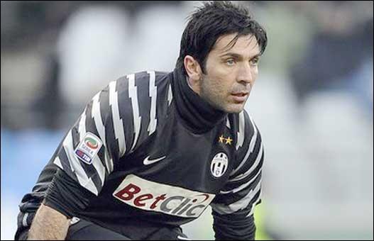 Gardien de but italien, Gianluigi...